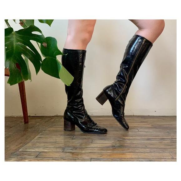 f648727602031 True Vintage 60's GoGo Boots!